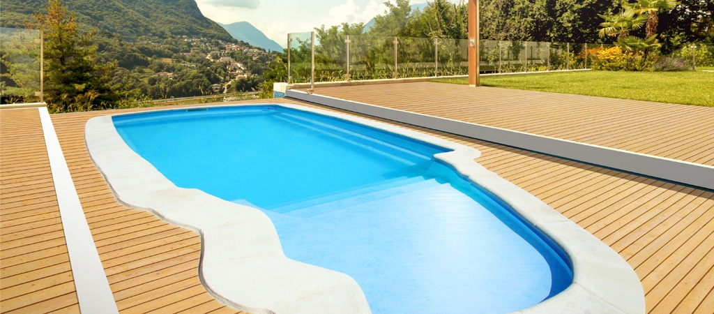 Piscine spa carr d 39 o piscines polyester et spa dans l for Fabricant de piscine