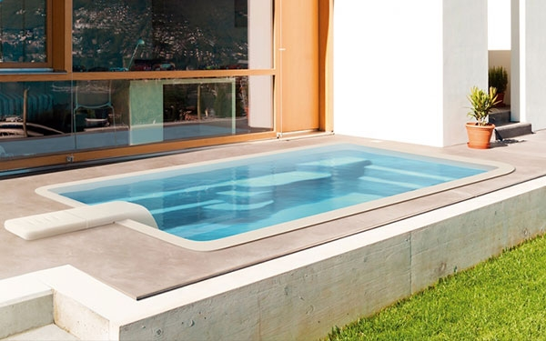 Piscine polyester 10m² Hérault - 34 - Smart Lane